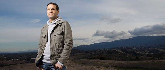 Chile, Entrepreneurs, Endeavor, and Global Lessons with Reid Hoffman and Wences Casares